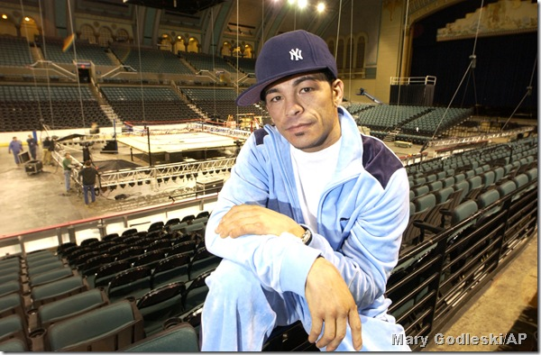 Arturo Gatti where he was most comfortable, Boardwalk Hall in Atlantic City