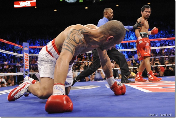 APTOPIX Pacquiao Cotto Boxing