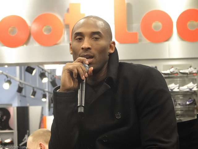 Watch the throne: Kobe holds court in