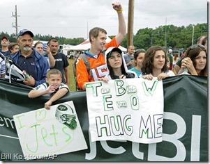 Tebow hug me
